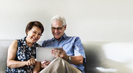 +60 online: Ponte al día con tu móvil o tableta. En AfundaciónTV