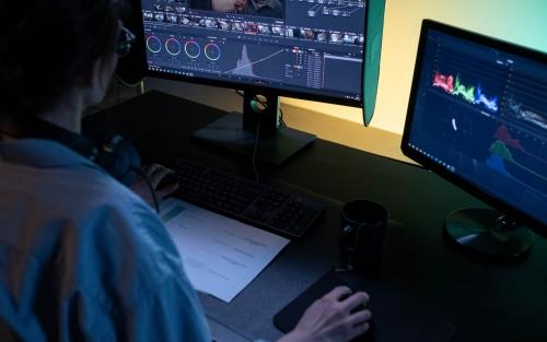 +60 online: Aprende a editar vídeo y potenciar tus grabaciones